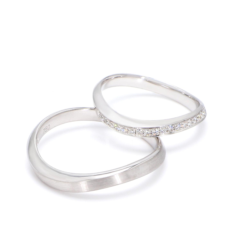 18K White Gold Etoile Diamond Wedding Band