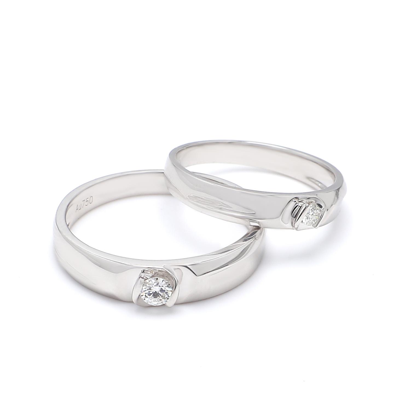 18K White Gold Lyra Diamond Wedding Band