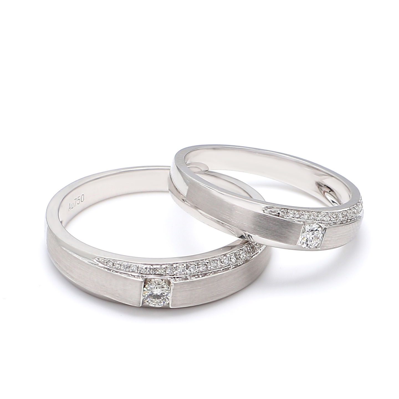 18K White Gold Mira Diamond Wedding Band
