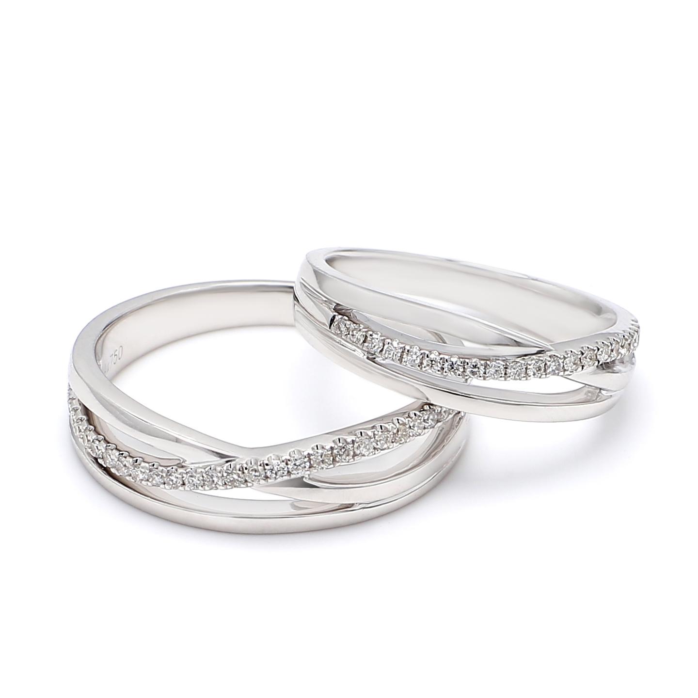 18K White Gold Diana Diamond Wedding Band